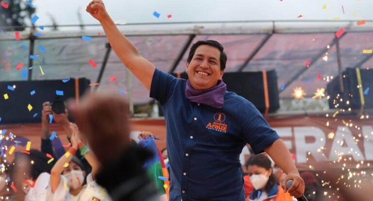 Rezultati nedavno održanih izbora udržavama Južne Amerike pokazuju da je u ovom delu sveta levica još uvek vitalna politička snaga
